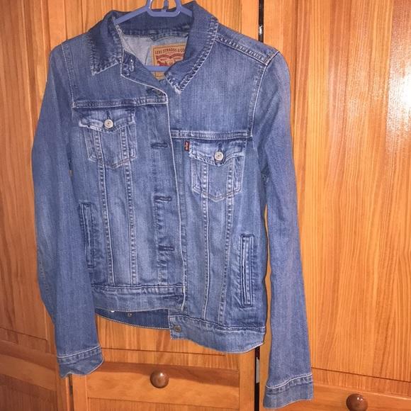 Levi Jean jacket size small
